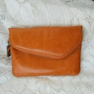 HOBO SMALL LEATHER CROSSBODY/CLUTCH